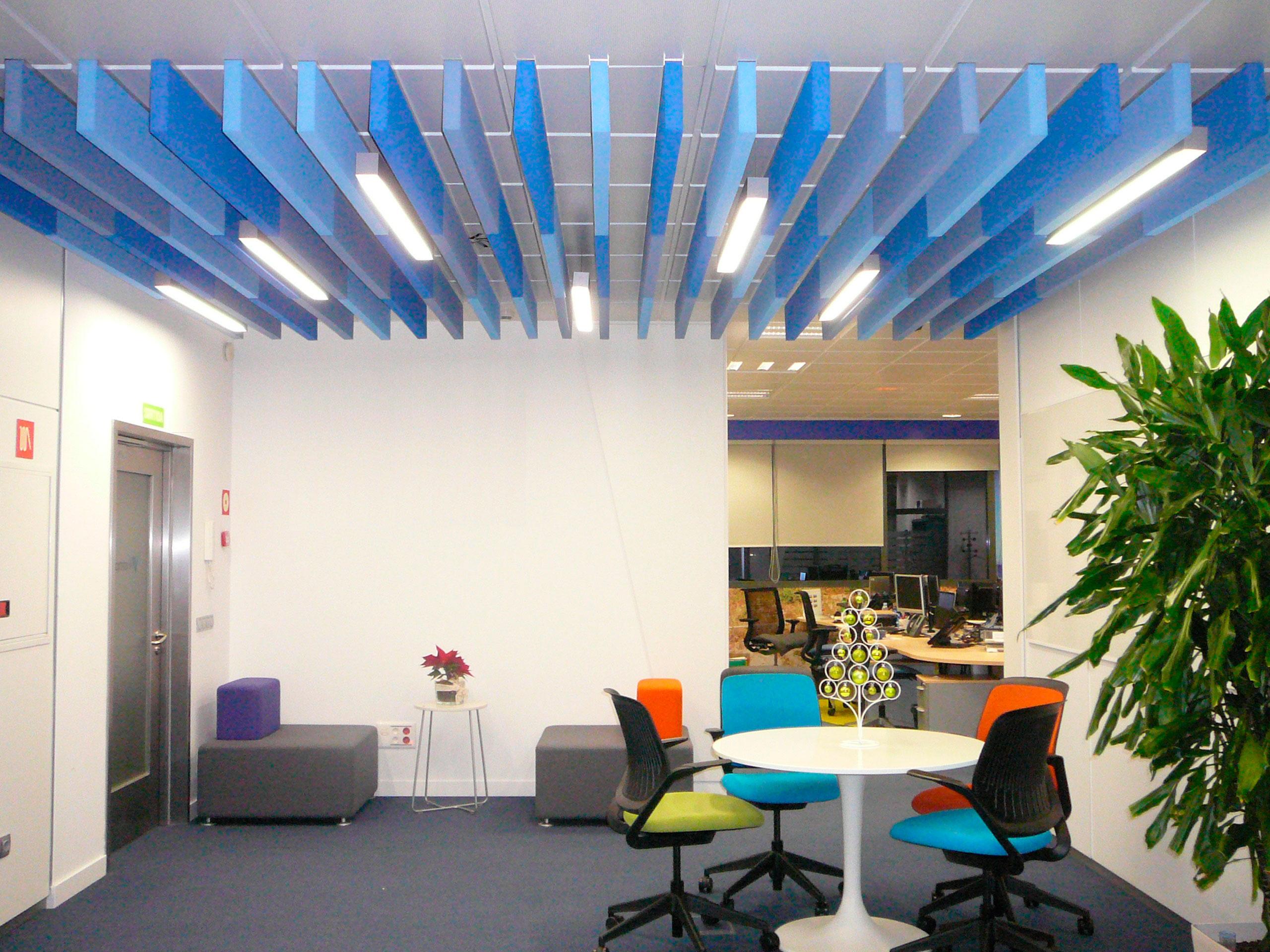 Paneles ac sticos de insonorizaci n sistemas de encolado for Ruido oficina
